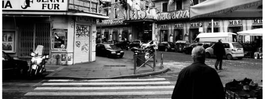 Come è ridotta Piazza Vittorio?