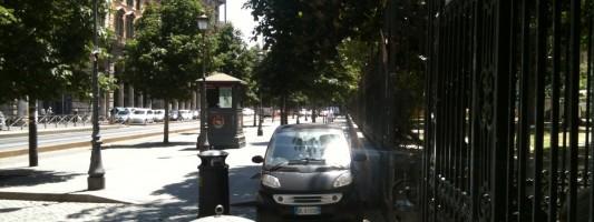 Anche quest'anno trasformeranno Piazza Vittorio nel loro parcheggio? Fermateli!