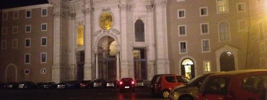 Piazza Santa Croce sta morendo. Ecco come salvarla