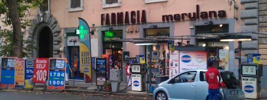 Il benzinaio di Via Merulana è qualcosa da non credere