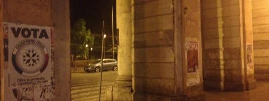 La barbarie di Casa Pound. Piazza Vittorio trasformata in fogna