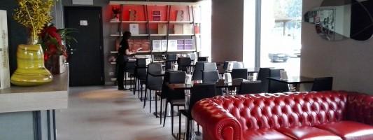 Fusion Cafe. 1000 mq di nuovo bar di fronte a San Giovanni