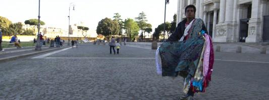 Come se l'è passata la Pasquetta il sagrato di San Giovanni in Laterano? Così…