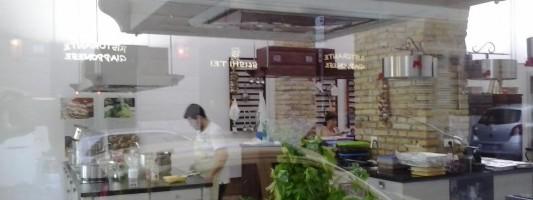 One Day Chef. Un scuola di cucina per turisti apre a Via Carlo Felice